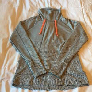 Avalanche High Neck Pull-over